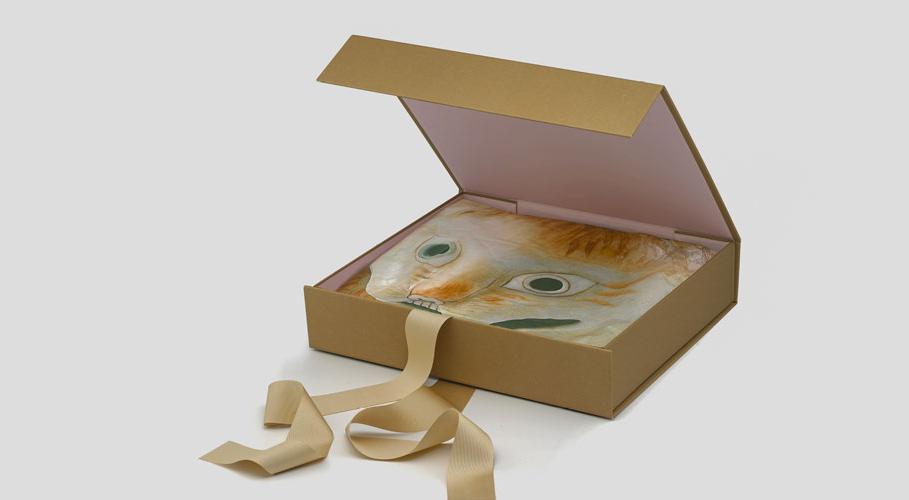 Alexa Chung, packaging